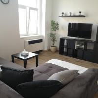 Fine apartment in centrum of Slaný with Aircondition, отель в Сланах