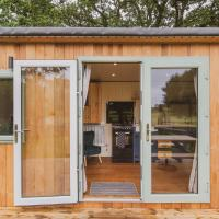 Hidden Wood Glamping and the Hideaway Cabin