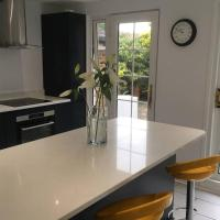 Modern Family House Nearby Goodwood Events & Chichester