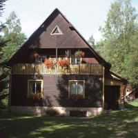 Holiday home in Dolni Dvur 2374, hotel in Dolni Dvur
