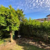 casa arancio private garden