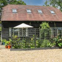 The Barn at Sandhole Cottage, hotel in Tonbridge