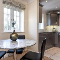Sunny 1 bed apartment in a quiet central location