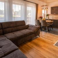 Villa Gloria Rooms & Apartments, hotel na Donovaloch