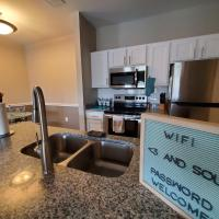 New Remodel 1 br relaxingapt w Resort Style Pool, hotel in Jacksonville