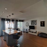 Geneva doorstep: air-conditioned new flat