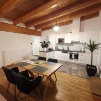 BeeHome Apartment