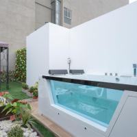 Exclusive Penthouse with Private Rooftop Jacuzzi by Simply Comfort