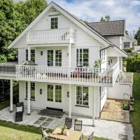 """Newly Furnished Big 5Bed/2Bath Villa in Prime Location, hotel near """"Sandefjord Airport, Torp"""" - TRF, Sandefjord"""