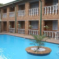 Emerald Guesthouse, hotel near O.R. Tambo International Airport - JNB, Kempton Park