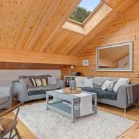 Lodge 5 Longbury - Luxury Lodge, Golf Course Views, Restaurant and Spa Facilites