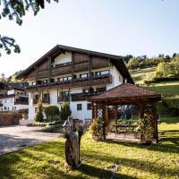 Raschötzhof, hotel en Funes