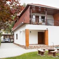 Négy évszak apartmanház, Hotel in Mezőkövesd