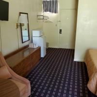 Dollar Inn, hotel in Somerset