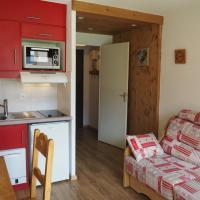 Appartement Les Menuires, 1 pièce, 2 personnes - FR-1-344-212