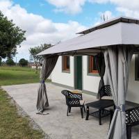 Casa de campo tranquila con playas a 10 minutos, hotel in Narón