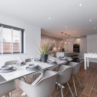 Modern Four Bedroom Home in Cheltenham