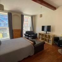 1 bedroom flat in Russell Square