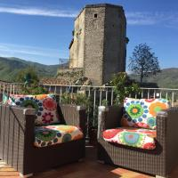 Lake View Penthouse with Terrace, hotel in Castel di Tora