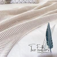 TWO FEATHERS Luxury Apartmemt