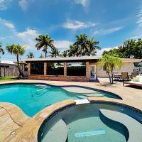 Beach Getaway - Pool, Hot Tub & Outdoor Dining home