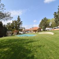 Beautiful and quiet Villa in Madrid