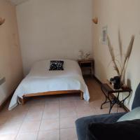 La Maison, hôtel à Lautrec
