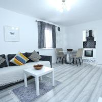 Modern 2 Bedroom Flat, with Free Parking, and WIFI