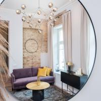 Elegant Avenue Apartment