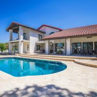 Casa Arboleda - Estate Groves Home & Private Pool home, hotel in Leisure World