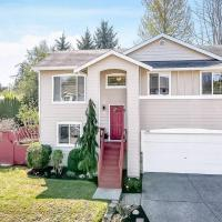 Upgraded beautiful home near Costco and Boeing!