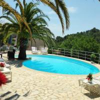 Eden Roc Villa near Cannes, Swimmingpool Sauna & Quiet, hotel in Roquefort-les-Pins