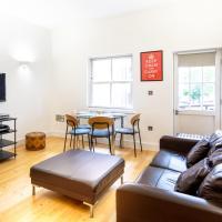 Bright & Comfortable Angel Apartment