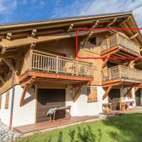 Modern 3 Bed Penthouse Apartment, Balcony & Garage, Close to Village & Ski Bus
