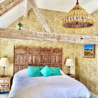 Luxurious, Fabulous, Fun, Contemporary Suite in Retreat Centre, hotel in Salisbury