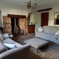 Quaint, rustic cottage, Bishops Lydeard