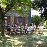 La Villa Bouloc, proche lac Pareloup, hotel in Salles-Curan