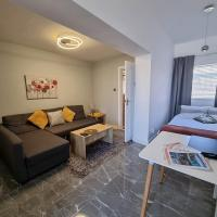 Your own Studio flat with everything you need! Fully equipped kitchen, free coffee and tea, own entrance, private parking, smart tv with Netflix, Sofa bed, your own shower and toilet - all newly renovated!