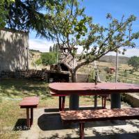 Casa Rural El Maragato, hotel en Navalsauz
