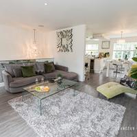 Lux & Stunning 4bed House in Meyrick Park