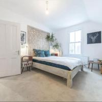 Stylish 2-bed Flat, Quick Access to London Sights