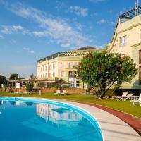 Ilunion Alcora Sevilla, hotel en San Juan de Aznalfarache