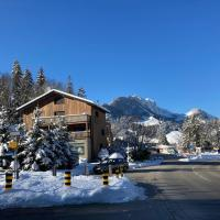 Chalet Alte Post, hotel in Schwarzsee