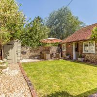 Pass the Keys Charming Cottage with pretty Private Garden