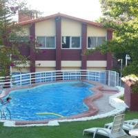 Hotel Aoma Villa Carlos Paz, hotel en Villa Carlos Paz