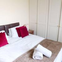 Red Rails Apartment - 2 bedrooms with large space & parking