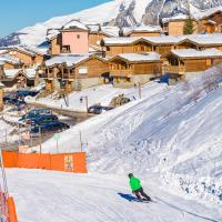 Skissim Select - Chalets Le Grand Panorama II 3* by Travelski
