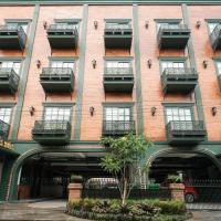 Nonies Huis Cibubur, hotel in Kalimanggis