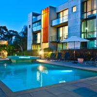 Phillip Island Apartments, hotel in Cowes