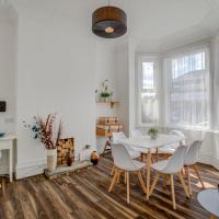 GuestReady - Beautiful 5BR Manchester Townhouse